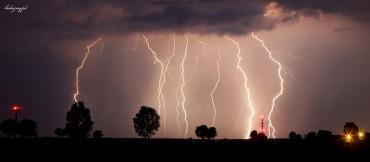 Niesamowita burza – 18/ 19 VI 2012 + mały poradnik jak upolować burzę