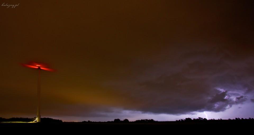 Kolejna noc, kolejna burza, kolejne polowanie….