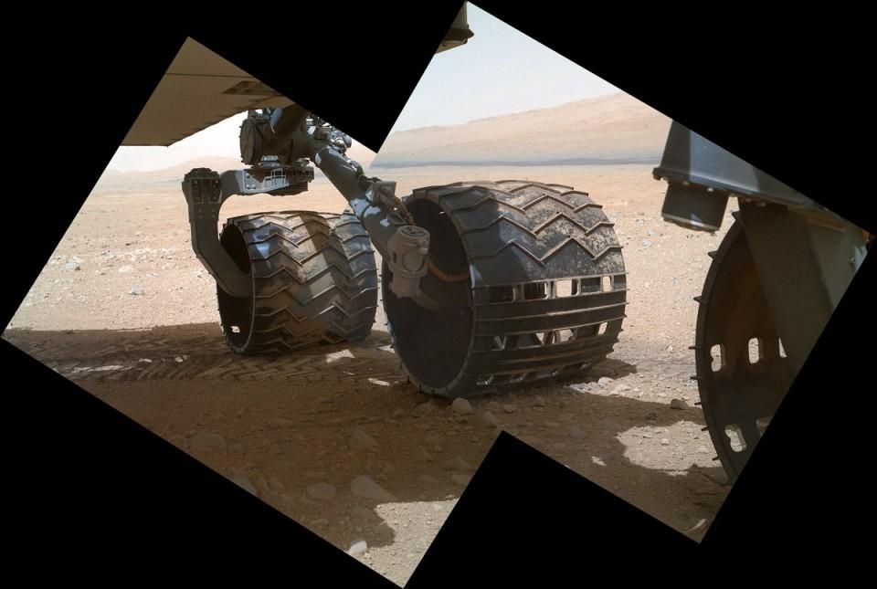 Curiosity pracuje już pełną parą!