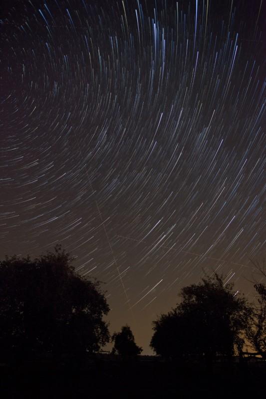 StarStaX_Ilighten_Comet