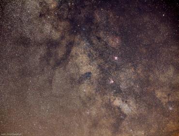 Droga Mleczna rejon M16 – M17